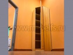 Деревянный угловой шкаф Константин (одна дверь) из сосны.