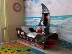 Детская кровать корабль (венге/красный).