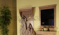 Зеркало Дания №1 в деревянном обрамлении