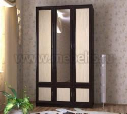 Шкаф для одежды трехстворчатый с зеркалом (ВДМ).