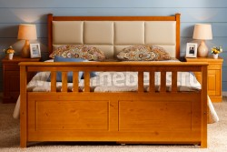 Двуспальная кровать с мягким изголовьем Дания-3 160х200см