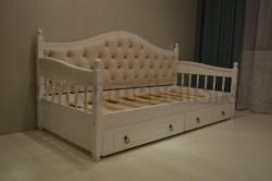Кровать тахта мягкая F3 (Фрея) 80х200 с 2-мя ящиками из сосны.
