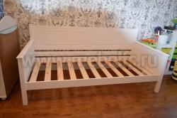 Односпальная кровать тахта Т3 70х160 из массива сосны.